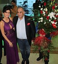 Cea mai lunga zi de nastere pentru Ramona Badescu! A inceput petrecerea in tara, la Bucuresti, si o continua la Miami!