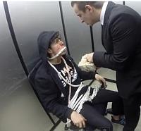 Video: Candidatii la un job traiesc o experienta terifianta in lift
