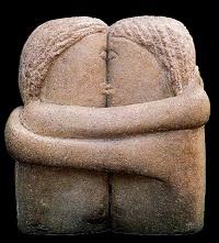 O statuie de Constantin Brâncuşi sărută New York-ul
