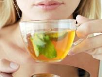 Consumul regulat de ceai verde sau negru amelioreaza bolile cronice
