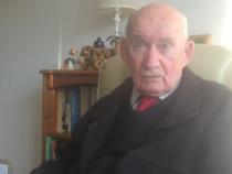 Vaduv, pensionar si plictisit, un barbat de 89 de ani se relanseaza pe piata muncii