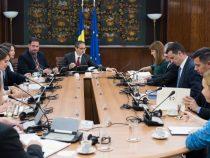 Premierul Sorin Grindeanu a discutat cu producătorii de vaccinuri o serie de soluții pentru preîntâmpinarea crizelor de vaccinuri