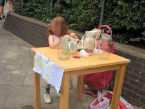 Unde-i lege, nu-i tocmeala: o fetita de 5 ani a fost amendata pentru ca vindea limonada fara autorizatie