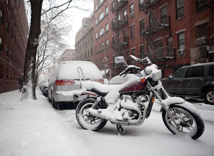 motocicleta iarna