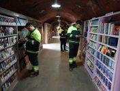 Gunoierii turci reciclează cultura. Ei au deschis o bibliotecă cu titluri salvate din tomberoane