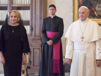Vizită la Sfântul Scaun – Premierul Viorica Dăncilă, primită în audienţă de către Sanctitatea Sa Papa Francisc